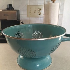 Other - The Pioneer Woman 5-Quart Metal Turquoise Colander